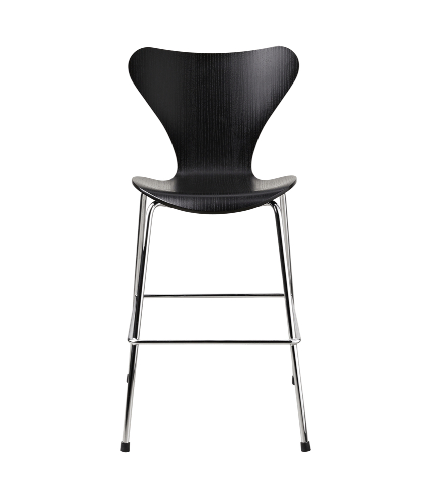 Arne Jacobsen Junior Chair 3177 by Fritz Hansen