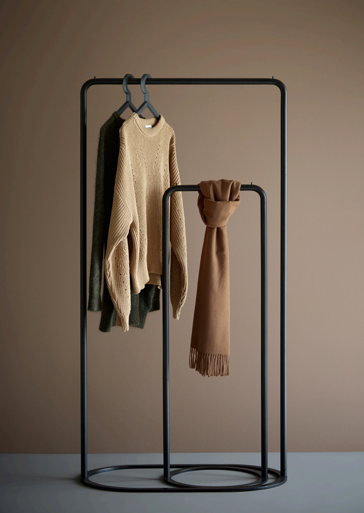 Woud Garderobe CLOTHES RACK O & O